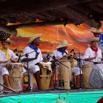 Festival de Musica Andina Mono Nunez