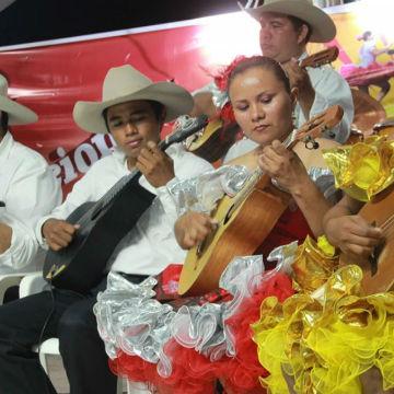 Festival Internacional de la Bandola Llanera en Mani